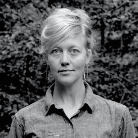 Erin Espelie headshot